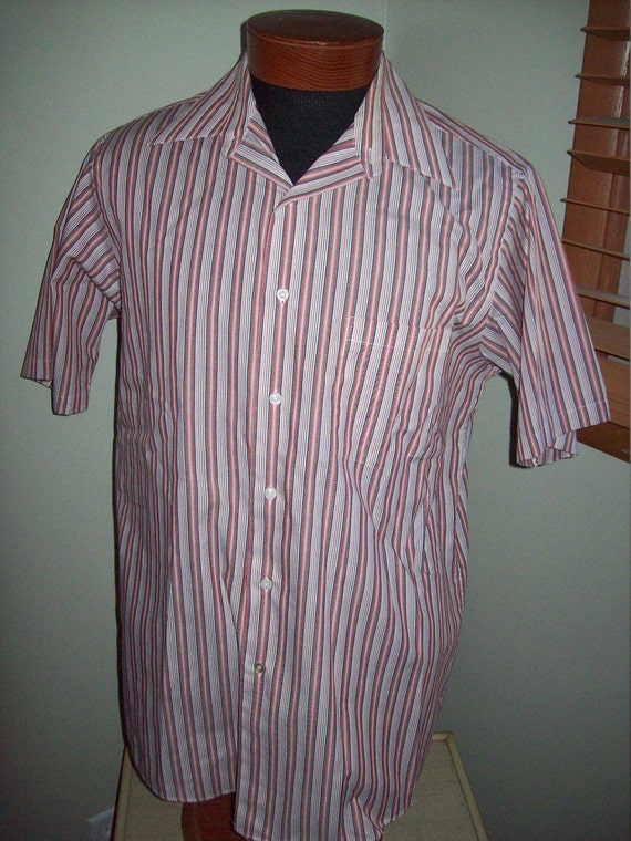 Vintage 70s 80s arrow red white black striped mens lounge for Red and white striped button down shirt