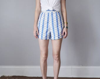 60s high waist cotton blue & white print shorts (xs - s)
