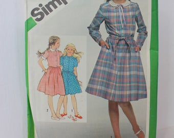 1980s Girls Pullover Dress, Simplicity 9986, c 1981