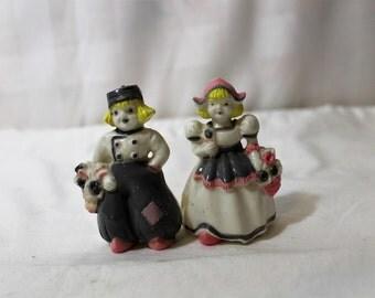 Vintage Plastic Dutch Boy & Girl Salt and Pepper Shakers