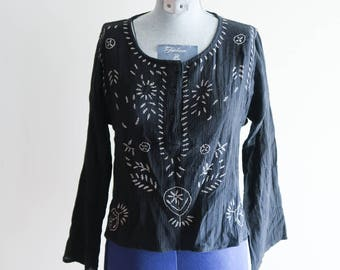 Black cropped BOHO cotton embroidered hippie 70s / 90s festival top sz. Small / Medium