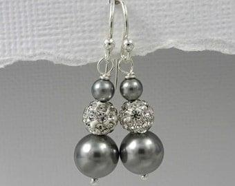 Grey Pearl Earrings, Bridesmaid Earrings, Grey Earrings, Gray Pearl Wedding Earrings, Swarovski Grey Pearl Earrings, Grey Bridesmaid Jewelry