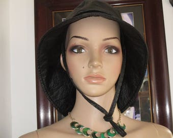 Women's Black Leather Rain /Snow Hat Made in France