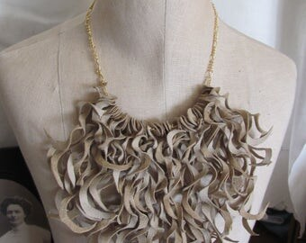 Beautiful Ivory Soft Suede Leather Curly Fringe Bib Necklace Choker (#23)