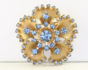 Vintage Blue Rhinestone Gold Tone Floral Brooch Pin (B-3-1)
