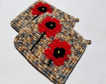 Red Poppy Potholders - Poppies Pot Holders - Poppy Flower Kitchen Decor - Hot Pad  - Trivet Set of Two - Crochet Potholders, Country, Rustic