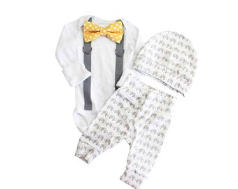 Elephant Coming Home Outfit Boy. Going Home Set. Newborn boy elephant theme baby. Yellow gray grey. Elephant leggings. elephant bow tie.