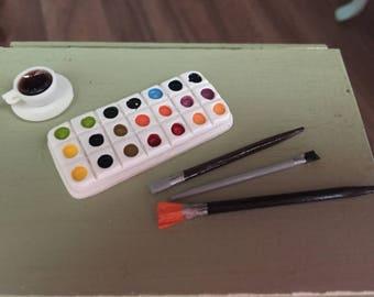 Miniature Paint Palette and Brushes Set, Dollhouse Miniatures, 1:12 Scale, Mini Paints, Mini Paint Brushes, Dollhouse Decor, Accessories