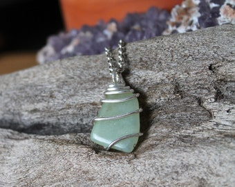 Natural Jade Necklace - Light Green Gemstone Jewelry - Wedding Jewelry - Bridesmaid Necklace - Bohemian Jewelry - Wiccan Necklace Boho Chic