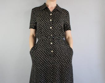 FREE SHIPPING 90s does 40s Black Shirtdress, Floral Print, WW2 WWII Style Day Dress, Summer, vlv, Short Sleeve, Midi Length, Size Medium