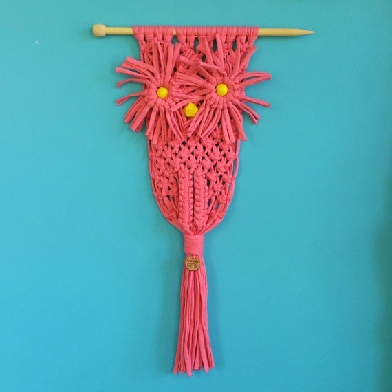 Modern Macrame Owl. Macrame wall hanging. Pink t-shirt yarn. Hand knotted. Retro craft. Girls room decor. Quirky gift for owl lover.