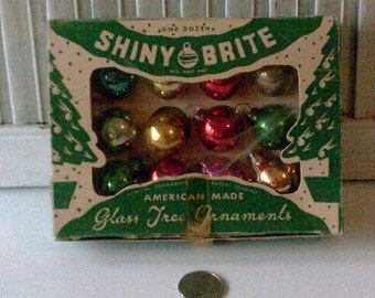 Vintage Antique Glass Feather Tree Christmas Shiny Brite Ornaments 0025