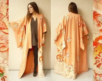 Vintage Japanese Pink Floral Full Length Silk Deco Kimono Robe Duster Jacket