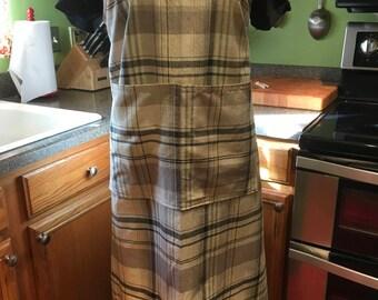 Plus Size Apron, XL Apron, Japanese style apron, cross back apron, no ties, pinafore, smock