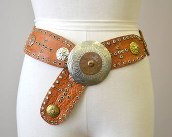 1970s Moroccan Leather and Metal Belt