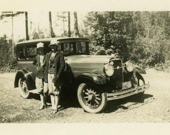 "Vintage Photo ""The Traveling Sisters"" Snapshot Antique Photo Old Black & White Photograph Found Paper Ephemera Vernacular - 149"