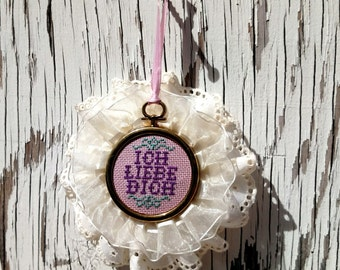 Framed Mini Embroidery - Ich Liebe Dich - I Love You (German)