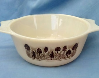 Vintage Pyrex Casserole Dish - Rustic pattern with trees - Made in England - Ovenproof