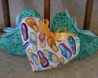 Primitive Summer Heart Set Bowl Filler Tucks Flip Flops Ocean Waters Ornaments