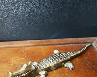 Vintage Brass Alligator    Vintage Nut Cracker  Alligator Nut Cracker  Animal Nut Cracker  Brass Nut Cracker  Brass Crocodile