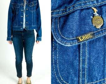 Vintage 1970s or 1980s Lee Dark Wash Denim Cropped Boxy Fit Jean Jacket Size XS Extra Small S Small
