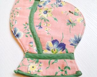 Sweet Vintage Handmade Bonnet Potholder