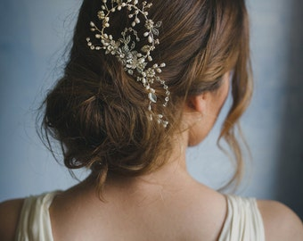 Beaded pearl hair vine, Bridal floral headpiece, flower hair comb - style 241