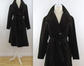 Lou Ritchie Chocolate Velvet Coat - Vintage 1970s Brown A Line 3/4 Coat in Medium