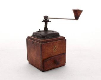 Vintage coffee mill / Retro coffee grinder, Wooden mill, Collectibles retro Pepper mill, Collectibles retro grinder, Mid century grinder