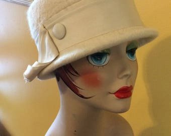 Vintage Wool Cloche Hat Off White Beige 1960