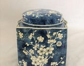 Tin Box/Container and Lid Blue and White Dogwood Chinoiserie Stands 4 1/2""