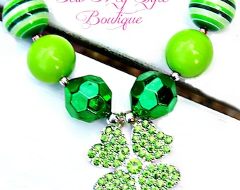 St. Patty's Day Necklace/Lucky Clover Chunky Bead Necklace/Green Chunky Bead/Bubblegum Bead Necklace