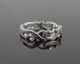 Antique Style White Gold Wedding Band - Scroll - Filigree Wedding Ring
