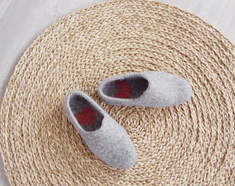 Felted wool clogs Love Hurts - Wool slippers - womens slippers - valentines day gift - best gift for him