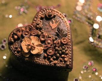 Woodland Keepsake Box, Pretty Brown -- Handmade - gift, trinket