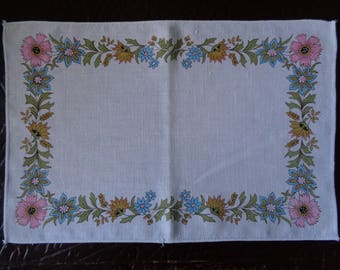 Vintage 1970's Pink & Blue Retro Flower Fabric Placemat