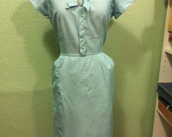 30% OFF SALE!! enter summersun at checkout! 1950s Ice Blue Cotton Wiggle Dress with Pockets and bow sz m/l 40b