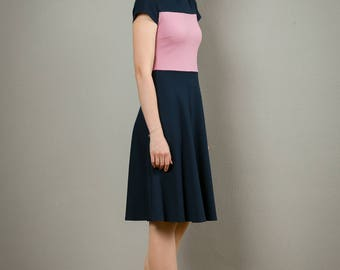 "Dress ""Betty"", with a round skirt and elegant neckline"