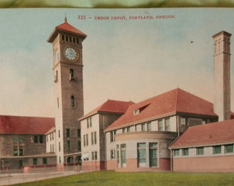 Antique 1900s Portland Oregon Postcard of Union Depot