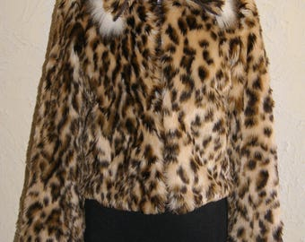 GUESS Ladies Waist Length Leopard Faux Fur Jacket With Light Faux Fur Trim On Collar And Cuffs