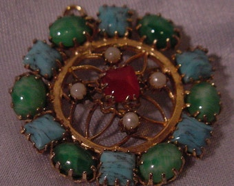 Lovely Pin Circle Design Wreath of Stones i Blue and Green Vintage Pendant Too!