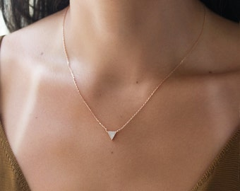 Rose Gold Triangle Necklace, Tiny Crystal Necklace, Delicate Rose Gold Necklace, Dainty Triangle Necklace, Minimalist Necklace N341