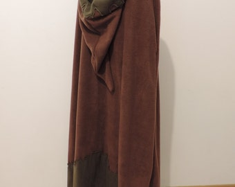 Night Shadow Long hooded cloak in chocolate/olive green