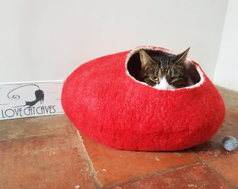 Cat Bed Cave Cocoon House red with Free Cat Ball - larger sizes