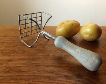 Potato Masher, Square Grid with Wood Handle ~ Farmhouse Kitchen Tool ~ Urban Farmhouse Kitchen ~ Vintage Kitchen Tool