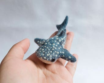 Whale Shark Brooch. Needle felted accessory. Realistic wool animal jewellery.