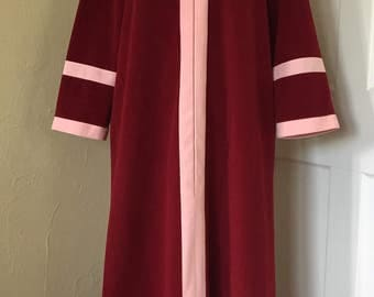 Vintage Vanity Fair Maroon and Pink Velour Colorblock Zip-Up Full-Length Robe with Pockets