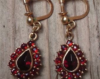 Vintage garnet screw back earrings in gilded sterling silver