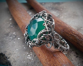 Wire Wrap Silver ring, Сhrysoprase in silver,Green gemstone, Gift for her, wire wrap jewelry, gift ideas