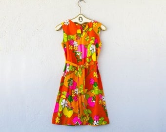 Vintage 60s 70s Psychedelic Hawaii Barkcloth Boho Hippie Floral Mini Dress // Hawaiian Bright Artsy Orange Pink Graphic Short Sheath Dress